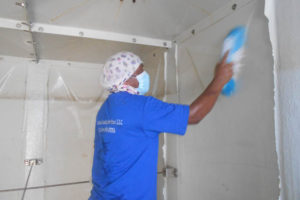 water tank cleaning maintenance